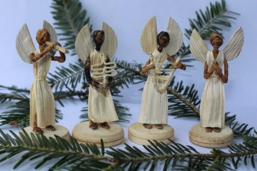 Engel aus Maisblatt, h~9cm, stehend